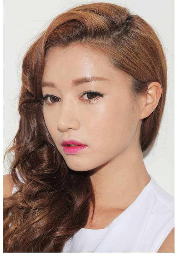 Son 3CE lip color # 601 Deep Kisser3