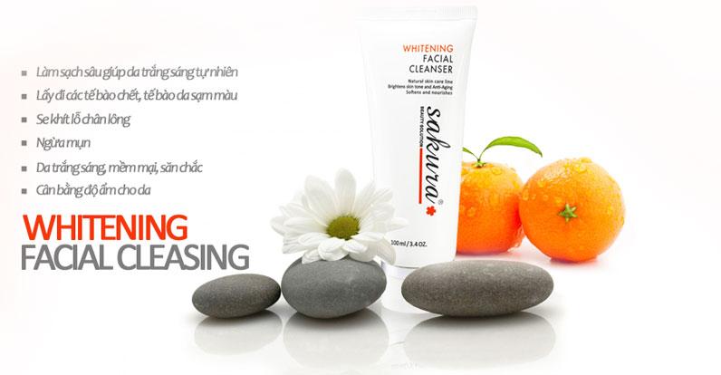 sua-rua-mat-trang-da-sakura-whitening-facial-cleanser-4